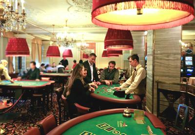 Как играть в покер хорсе
